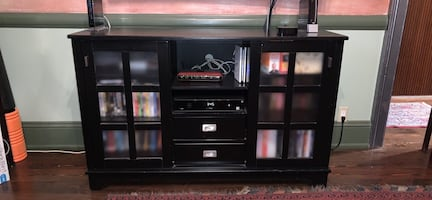 TV Console/Entertainment Center