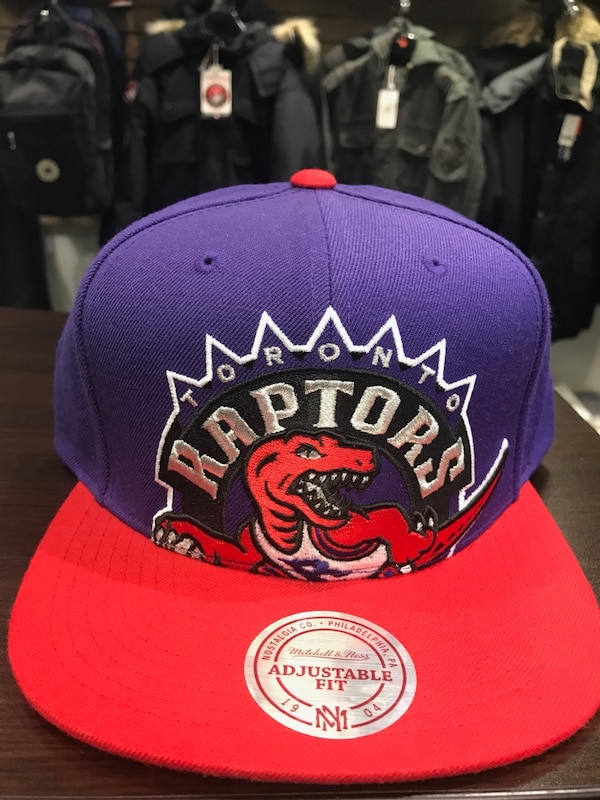 4387ca2473942f Used Vintage Toronto raptors snapback hat for sale in Toronto - letgo