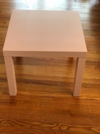 Center Coffee Table - 1 month used Chicago, 60660