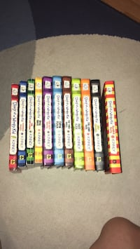 11 diary of a wimpy kid book lot Palatine, 60067