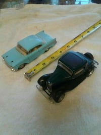 two classic black and teal cars die-cast scale model 789 mi