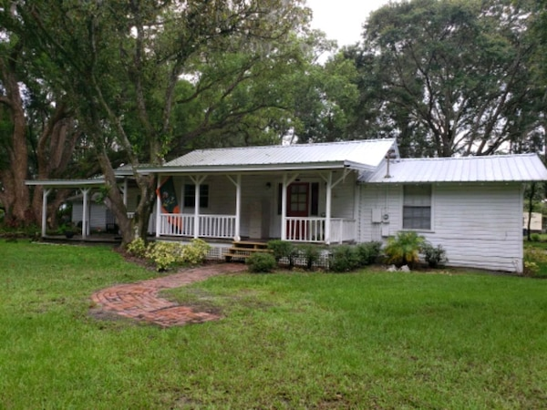 For Rent 2BR 2BA 2.25 Acres