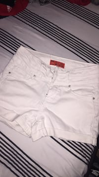 White High Wasted Shorts (never worn) 2290 mi