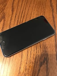 iPhone 6s unlocked- 128GB comes with nice black case  Spokane Valley, 99206