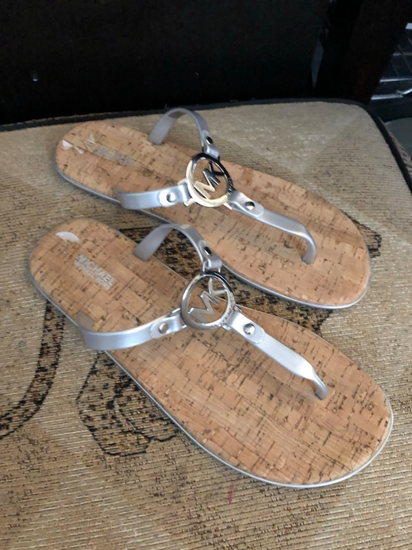 e6d1cabfb102 Used Michael Kors jelly flip flop cork bottom shoes for sale in Barrie -  letgo