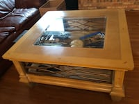 Rectangular light brown wooden coffee table Valrico, 33596