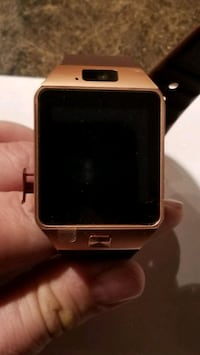 New Smart Watch with remote camera. (ROSE GOLD) Martinsburg, 25401