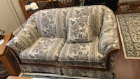 white and gray floral fabric loveseat Pitt Meadows, V3Y 1A7