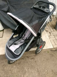 baby's black and gray jogging stroller Riverside, 92507
