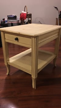 Whitish/ yellow wooden 2-drawer side end table