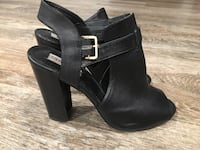 Steve madden leather cut out ankle boots