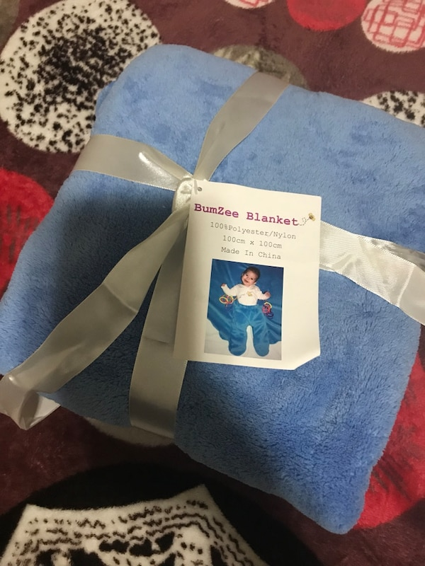 34f666dcdf6f50 Used blue BumZee blanket for sale in Calgary - letgo