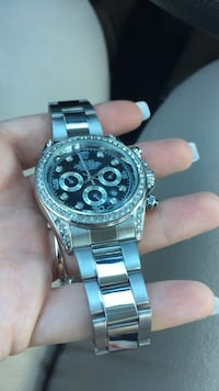 round silver-colored chronograph watch with link bracelet Germantown, 20876