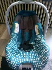 baby's blue and black car seat carrier Hagerstown, 21740