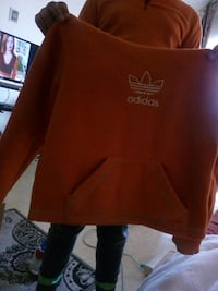 rouge sweat Adidas