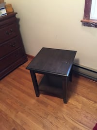 brown wooden end table Upper Macungie, 18031