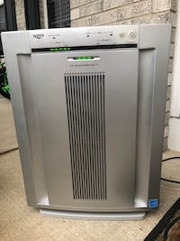 Winix Plasmawave 5300 fan and air cleaner, like new Romeoville