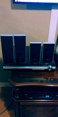 Sony DVD home theatre system Markham, L3R 8T2