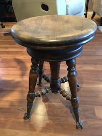 Antique piano stool Sherwood Park, T8A 3T9