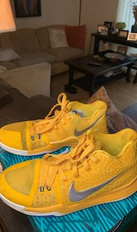 Kyrie 3 Mac And Cheese (Limited Edition) Size 7 Youth | Nike Shoe Vienna, 22181