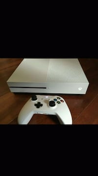 Xbox One S  Suffolk, 23435