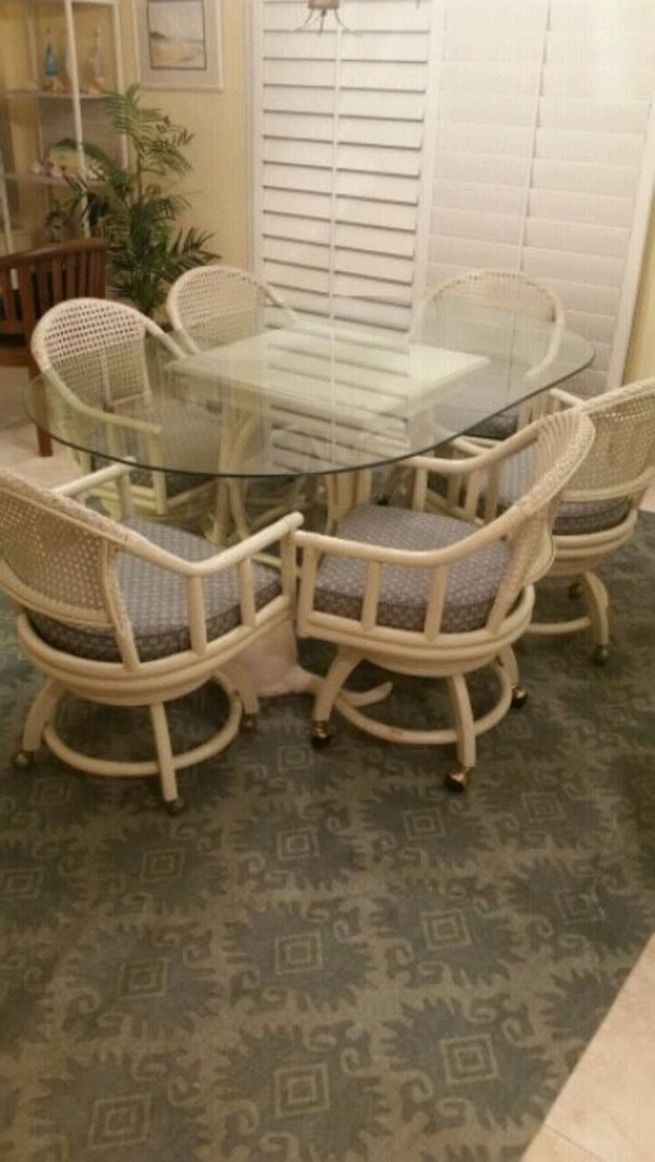Used Dining Room Table 6 Chairs For Sale In Lynchburg Letgo