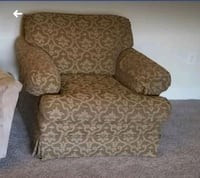brown and white floral sofa chair Alexandria, 22304
