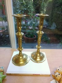 two brass-colored candle holders Woodland, 98674