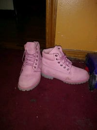 pair of pink Timberland work boots Mobile, 36605