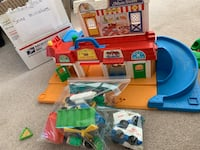 assorted-color plastic toy lot Livonia, 48152