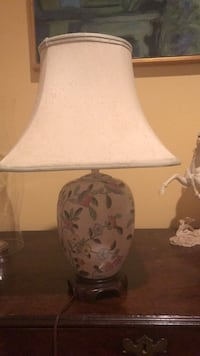 white and brown floral table lamp Middleburg, 20117