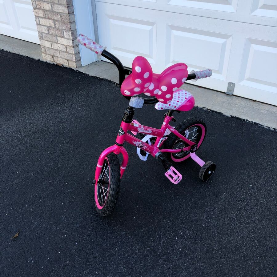 "Minnie Mouse 12"" bike and scooter"