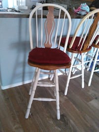 two white wooden windsor chairs Chino Valley, 86323
