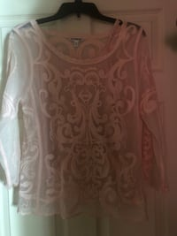 White and pink floral scoop neck long sleeve shirt