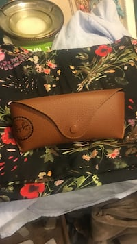 Brown Ray-Ban leather case Beltsville, 20705