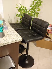 2 Bar Stools (swivel & adjustable)! Perfect for any room! Mississauga