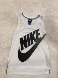 Nike tank Thousand Oaks, 91362