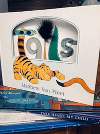 """Tails"" by Matthew Van Fleet (book)"