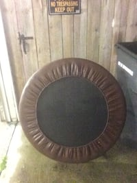 round black and gray trampoline Jeffersonville, 47130
