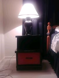 Lamp/black,red bed side table Rosedale, 21237
