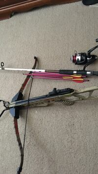 black and red compound bow Mc Henry, 39561