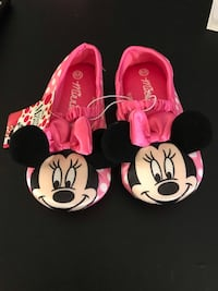 Minnie Mouse slippers Owings Mills, 21117