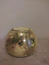 Vase Yellow and gold ceramic  Oxnard, 93030