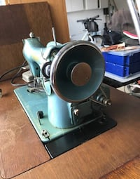 Vintage Sewing Machine + Table Langley