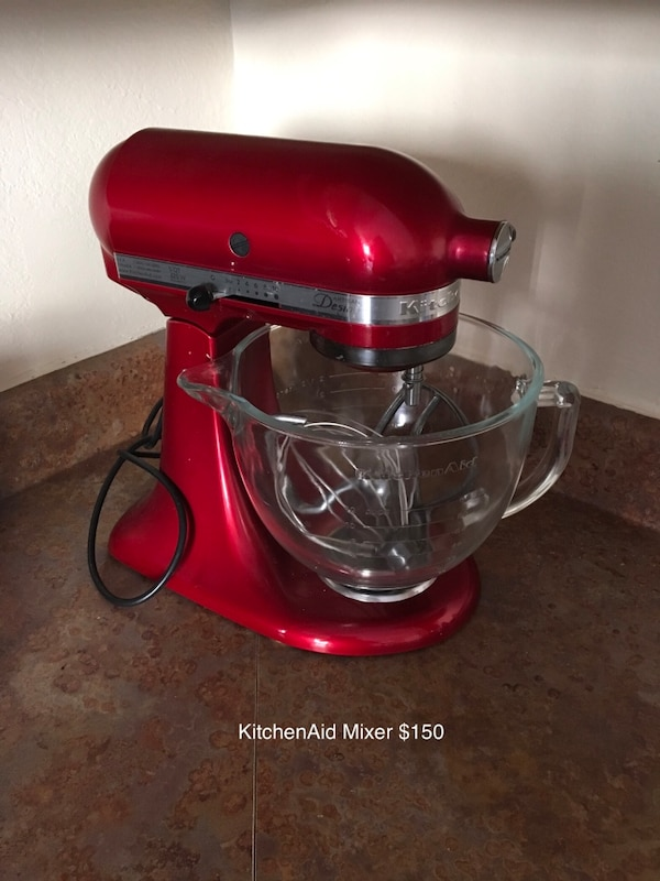 Used red KitchenAid stand mixer for sale in Irving - letgo Red Kitchen Aid Mixer on kitchen aid range red, emerson mixer red, kitchen aid food processor red, kitchen aid coffee maker red, 5 qt kitchenaid mixer red,
