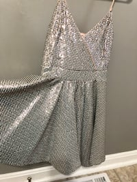 Bebe sequin cocktail party dress Vienna, 22182