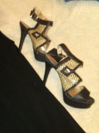 Women's special occasion shoes size 8