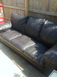 leather couch excellent shape Buffalo, 14227
