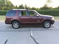 2006 Ford Explorer LIMITED AWD, 3 row seats! V6 Sterling