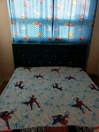For sale this bed good conditions nice mattres  Toronto, M3M 0A2